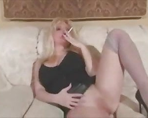 Smoking blonde - leather skirt + 120
