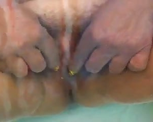 pusy play and fingering under water