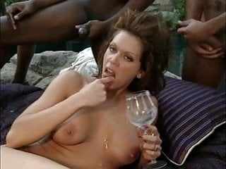 Slut cant 8 swallow loads - but swallows 4 loads
