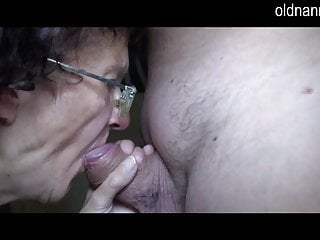 Oldnanny and young girl trying blowjob and handjob
